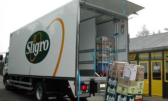 Air curtain in truck